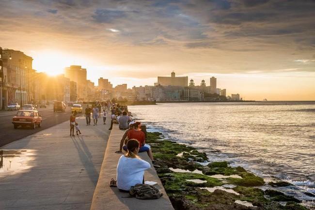 Kết quả hình ảnh cho kè biểnEl Malecón